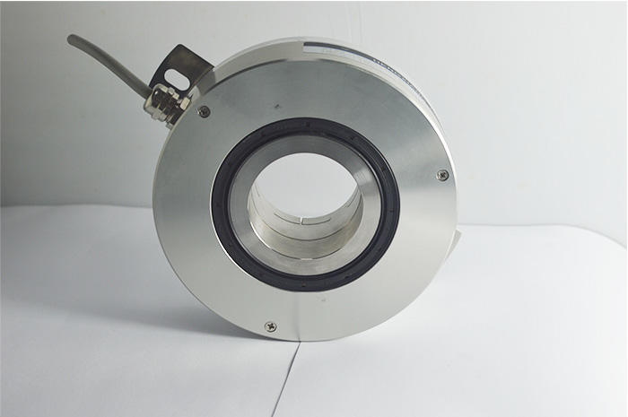 K130 Incremental industrial high accuracy encoders with large hollow shaft